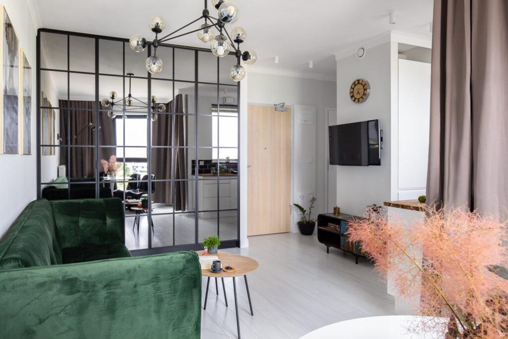 Fotografia stylizacji salonu z ujęciem na kącik telewizyjny
